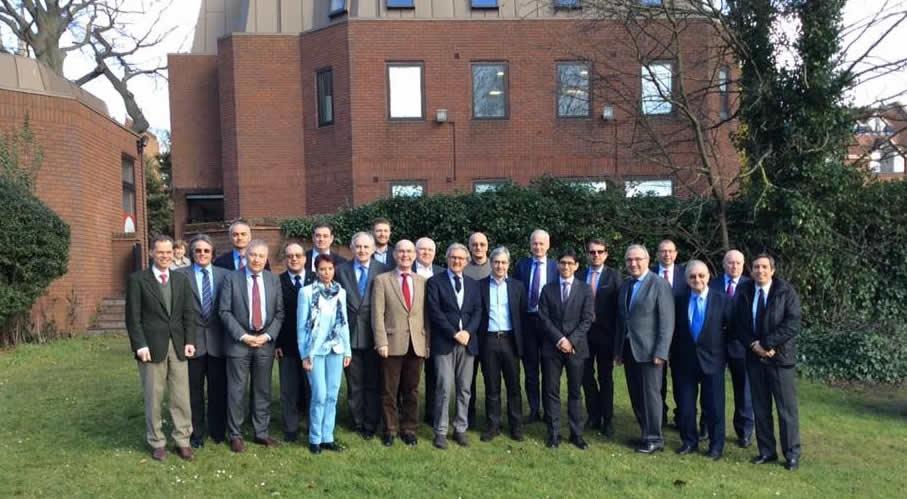 Οι πρόεδροι των Ευρωπαϊκών Εταιρειών Χειρουργικής Θώρακος-Καρδίας σε πρόσφατη συνάντηση στο Windsor, η Ελλάδα εκπροσωπείται από την Πρόεδρό της Dr. med. Καλλιόπη Αθανασιάδη.