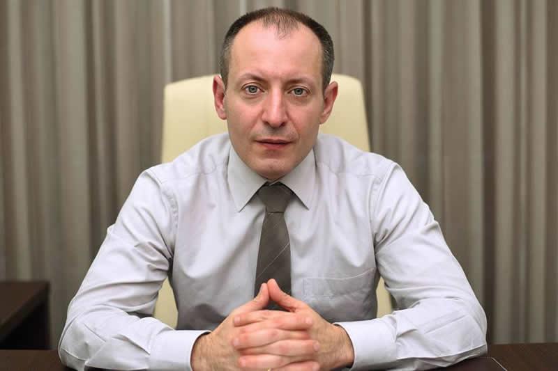κος Αλέξανδρο Ματθαίου, Αγγειοχειρουργός.