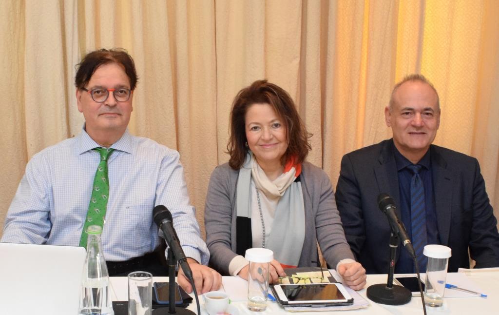 (από αριστερά): κ. Ευάγγελος Παρασκευαΐδης, κα Μαρία Νασιουτζίκη, κ. Ευριπίδης Μπιλιράκης