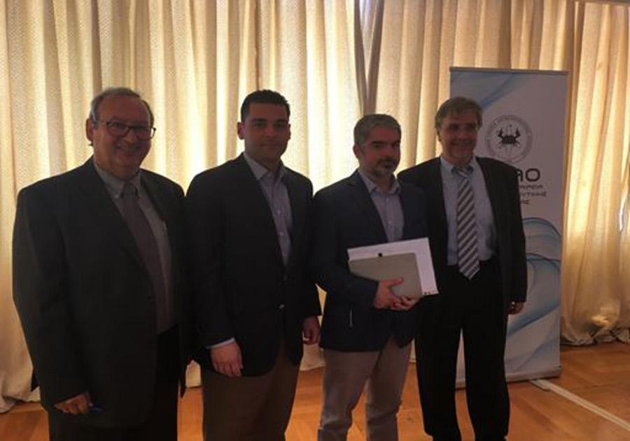 ΟΙ εκπρόσωποι του Ιδρύματος Σταύρος Νιάρχος, κ. Καθάριο και κ. Βαζαίο μαζί με τον Πρόεδρο του Δ.Σ κ. Γεώργιο Πισσάκα και το γενικό γραμματέα κ. Γρηγόρη Γεωργακόπουλο
