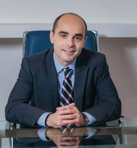Βασίλης Σιούλας, Μαιευτήρας-Γυναικολόγος με εξειδίκευση στη Γυναικολογική Ογκολογία στο διεθνούς φήμης Memorial Sloan Kettering Cancer Center της Νέας Υόρκης