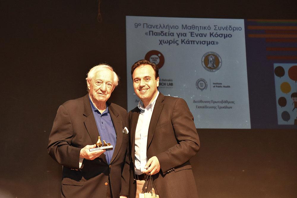 O George Behrakis μαζί με τον Δήμαρχο Τρικκαίων κ Δ. Παπαστεργίου