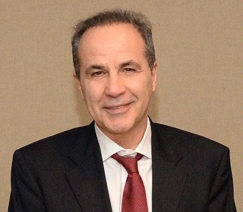 Βασίλειος   Κοζομπόλης  Καθηγητής Οφθαλμολογίας του ΔημοκρίτειουΠανεπιστημίου